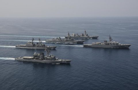 派遣海賊対処行動水上部隊(25次隊)16と練習艦隊の記録22No03