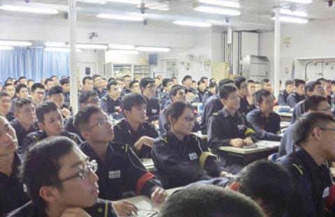 派遣海賊対処行動水上部隊(25次隊)16と練習艦隊の記録22No08
