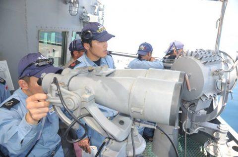 2防衛省 ソマリア沖 海賊対処水上部隊(25次隊)16すずつきNo1