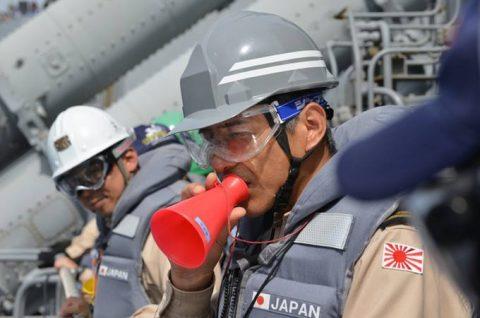 2防衛省 ソマリア沖 海賊対処水上部隊(25次隊)16すずつきNo3