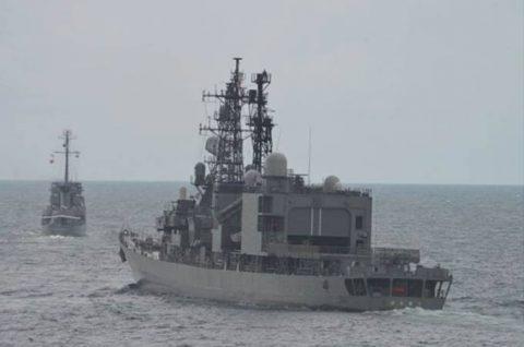 海賊対処水上部隊(24次隊)27フィリピン(マニラ)に入港No1