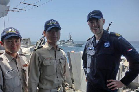 海上自衛隊 海賊対処行動水上部隊(25次隊)14すずつき 蘭海軍No07
