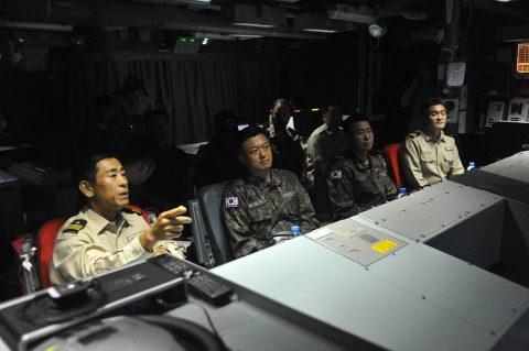 防衛省 自衛隊ジプチ・ソマリア 海賊対処水上部隊(25次隊)18No2