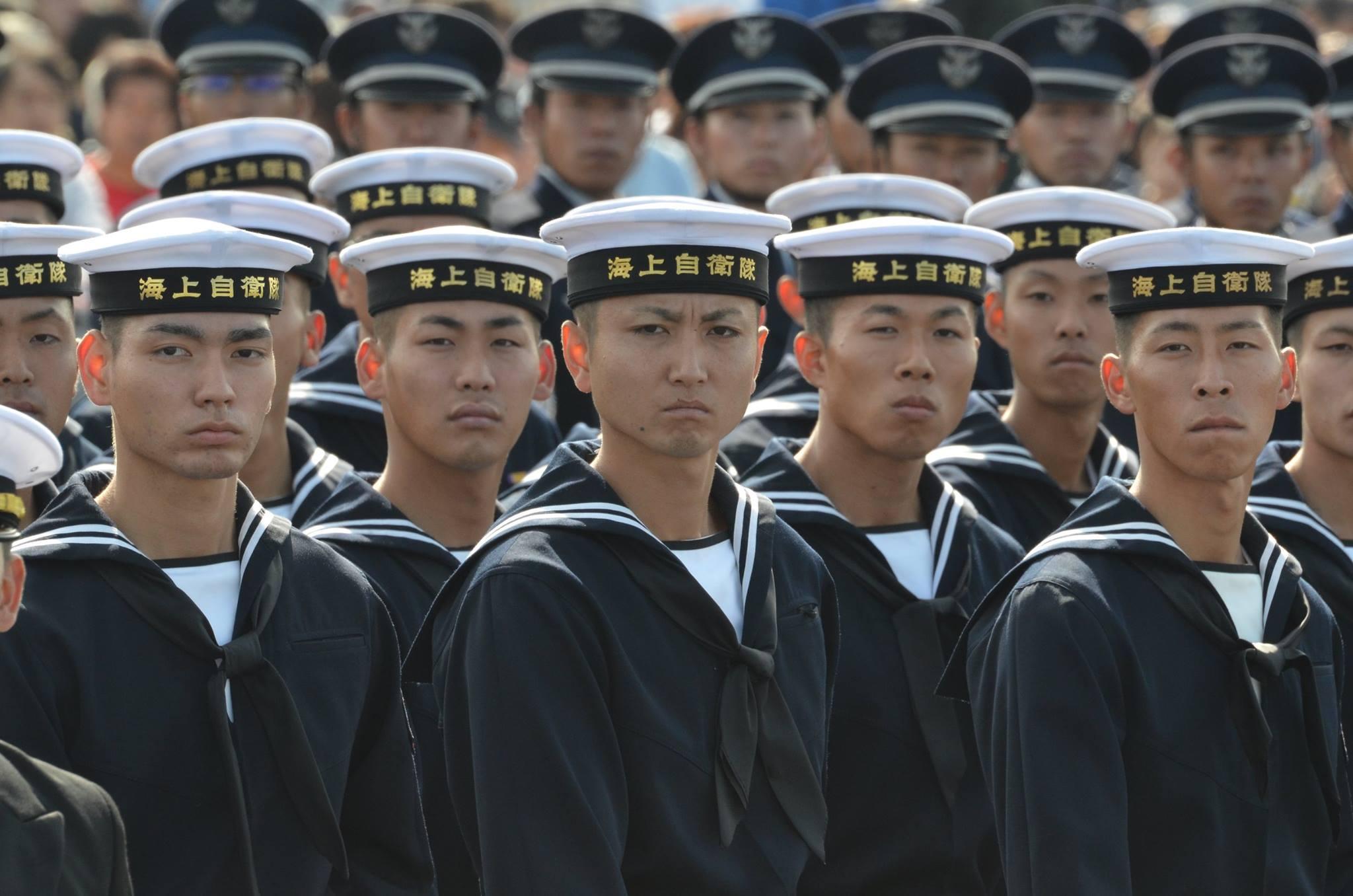 平成28年度自衛隊記念日観閲式[...