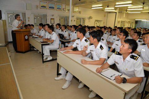 2016 海上自衛隊 練習艦隊 遠洋航海22在ジブチ日本国大使館No6