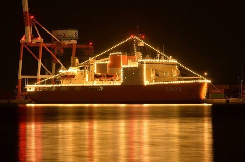 南極観測船・砕氷艦しらせ うな子の志布志市で一般公開2016No1