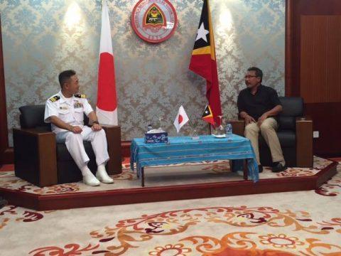 護衛艦ふゆづきの寄港 在東ティモール日本国大使館Facebook No04