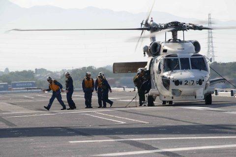海上防災フェスタ(新潟)でヘリ搭載の護衛艦ひゅうを一般公開!No2
