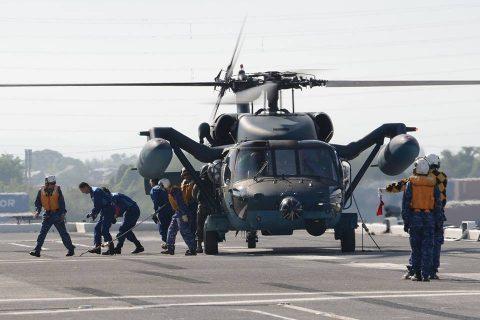 海上防災フェスタ(新潟)でヘリ搭載の護衛艦ひゅうを一般公開!No3