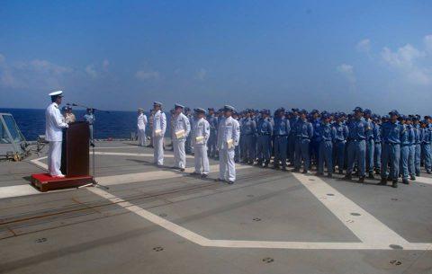海上自衛隊 海賊対処水上部隊(25次隊)19永年勤続者表彰式No01