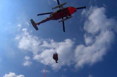 海上自衛隊 救難ヘリコプターUH-60Jの災害派遣(急患輸送)No4
