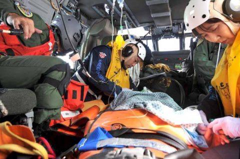 海上自衛隊 救難ヘリコプターUH-60Jの災害派遣(急患輸送)No5