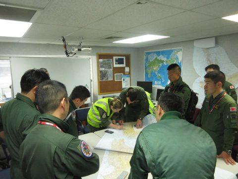 防衛省 海上自衛隊 ニュージーランドへの国際緊急援助隊(P-1)No2