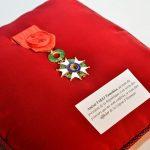 海上幕僚長 武居智久海将が仏国勲章叙勲式(レジオン・ド・ヌール勲章オフィシエ)を受章