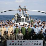 派遣海賊対処行動水上部隊(25次隊)護衛艦いなづま 無事故着艦回数が7777回を達成