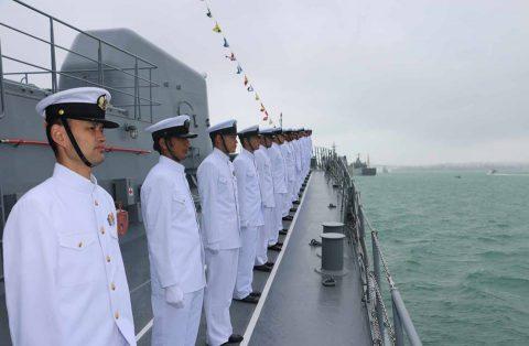ニュージーランド海軍主催国際観艦式における護衛艦たかなみの記録No2