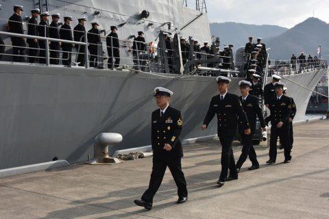 25次派遣海賊対処行動水上部隊 いなづま呉基地に帰国