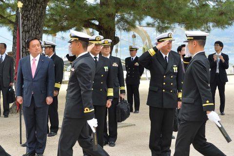 海自平成28年度 一般幹部候補生・飛行幹部候補生課程 学校卒業式