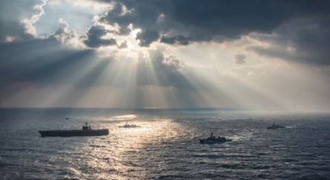日米共同巡航訓練 米空母と巡航さみだれ/さざなみ