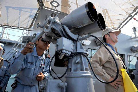 派遣海賊対処行動水上部隊(26次)護衛艦きりさめ の様子
