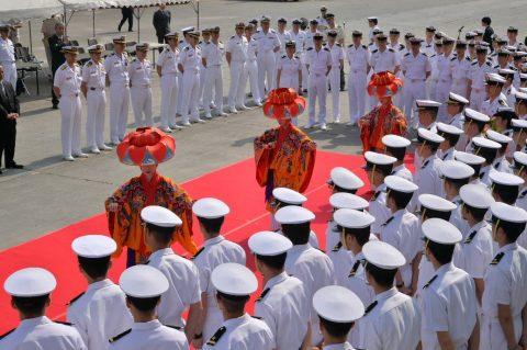 近海練習航海(練習艦隊)沖縄寄港時の様子 平成29年・幹部候補生