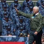 ペンス米副大統領 米海軍横須賀基地訪問/日米同盟の重要性を強調