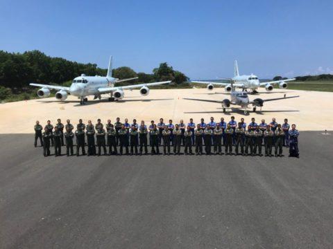 海上自衛隊のP-1哨戒機 フィリピン海軍C-90等と親善訓練
